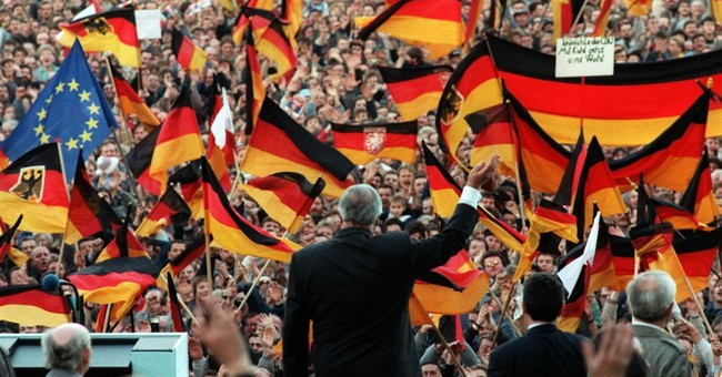 Situation on Global Stage is 'Far From What Helmut Kohl Was Expecting'