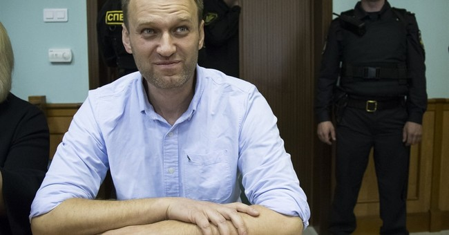 Court cuts Navalny's imprisonment by 5 days