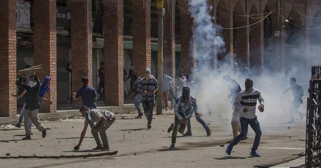 5 police killed in rebel ambush in Indian-controlled Kashmir
