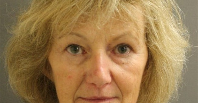 Police: Daughters taken 3 decades ago found, mom arrested