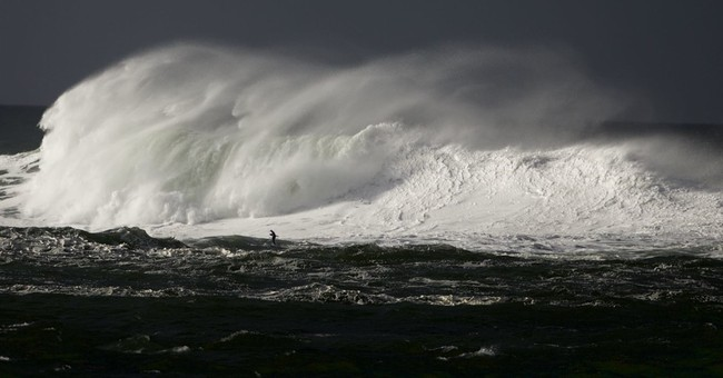 Deadly waves sweep father, son out to ocean, show dangers