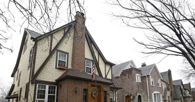 Trump's 1st home up for auction for 2nd time in 3 months