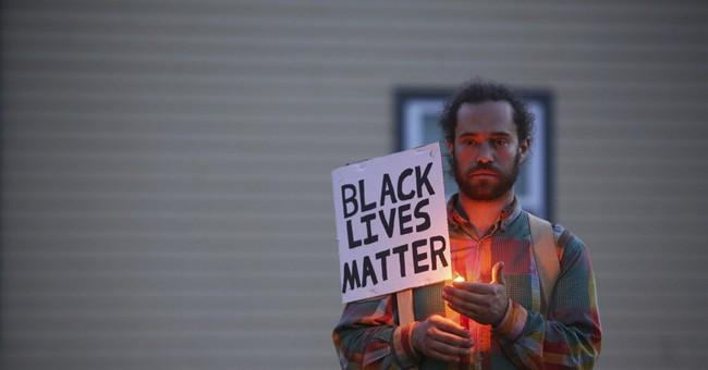 Seattle officer in fatal shooting: 'I don't have a taser'