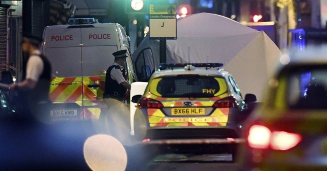 The Latest: Police: 1 suspect held in mosque attack