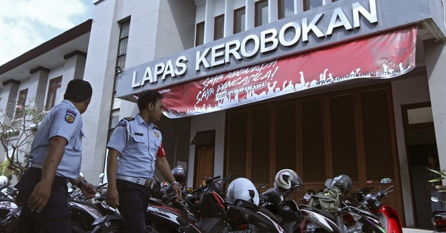 Indonesian police: 4 foreign inmates escape from Bali prison