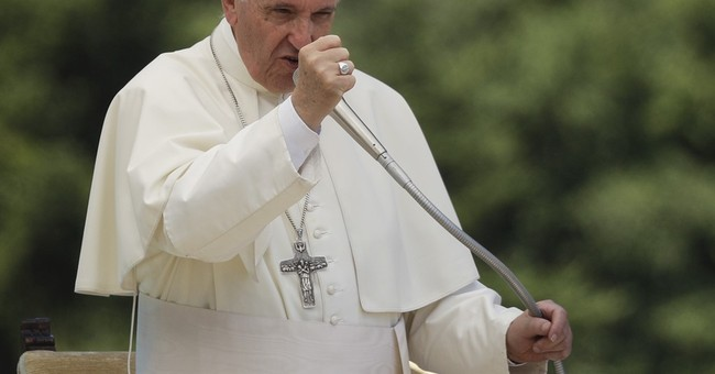 Pope pledges more than $500,000 in South Sudan aid