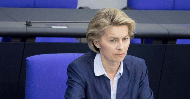 German Parliament backs plan to pull recon jets from Turkey