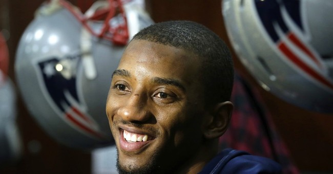 Patriots' Malcolm Mitchell has deal with Scholastic Books
