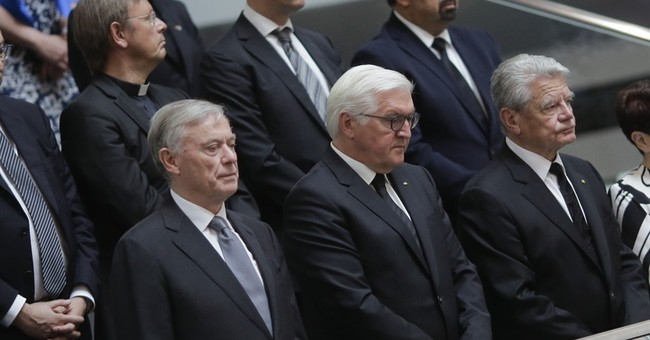German parliament remembers former Chancellor Helmut Kohl