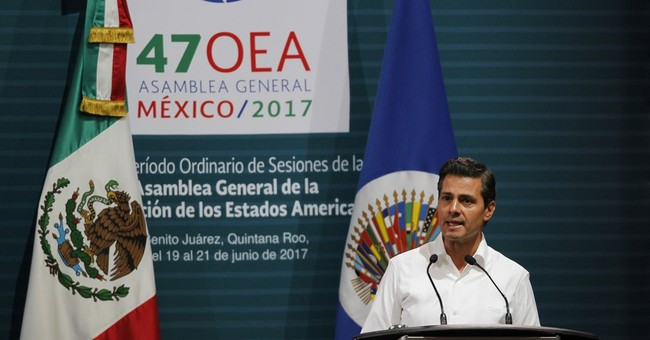 Mexican president dismisses spying, wants fast investigation