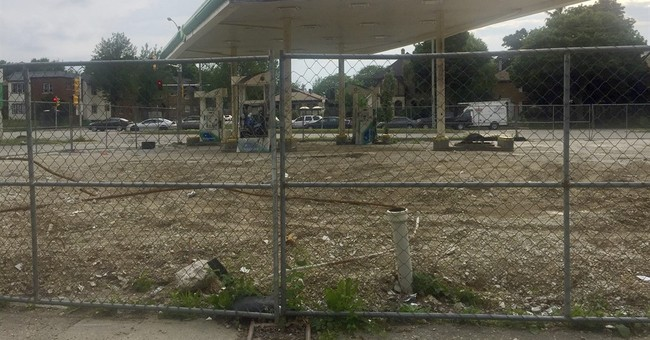 Long after riots, Milwaukee neighborhood sees little change