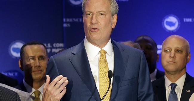 The Latest: Mayors focus on bipartisan, local leadership