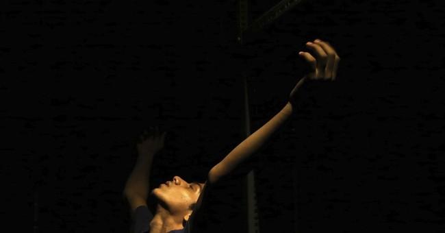 Teenage boy from Mumbai slum dances way to NY ballet school