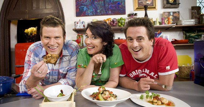 Celebrity chef Darren Simpson dies in Australia