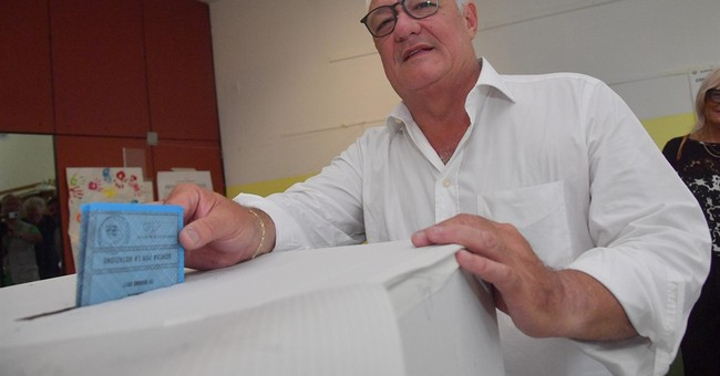 Center-right set to win top race in Italian mayoral runoffs