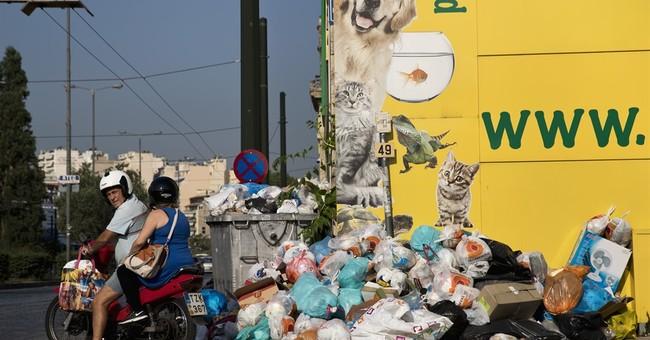Greece: Garbage piles mount in capital as heatwave looms