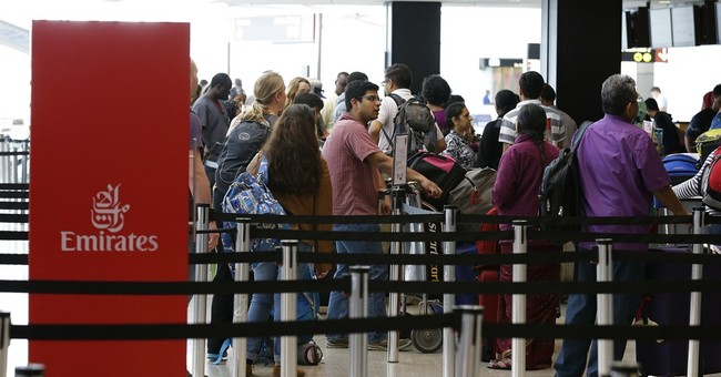 Lawyers Prepare to Defend Travelers to United States at Airports