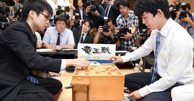 14-year-old excites Japan with record chess debut