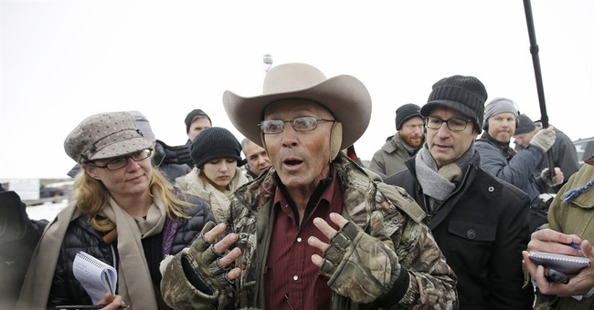 Federal Bureau of Investigation  agent, accused of lying in LaVoy Finicum shooting in OR , indicted