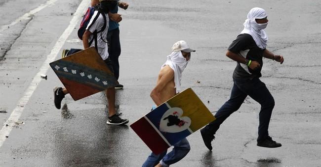 The Latest: Actor says Venezuelan pilot unhappy over crisis