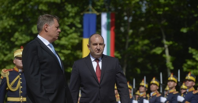 Romania, Bulgarian presidents talk NATO, Black Sea security