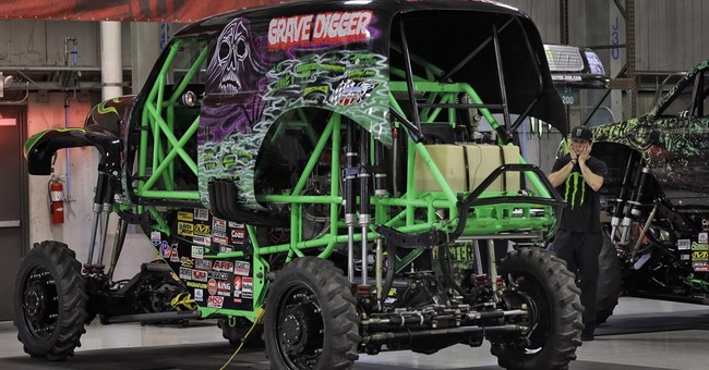 'Grave Digger' driver hurt in crash at monster truck rally
