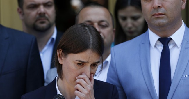 Serbia lawmakers elect 1st female and 1st openly gay premier