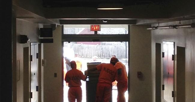 Prison inmates remove statehouse furniture before renovation