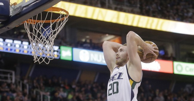 Day 1: Curry gets huge deal, Hayward hears Heat sales pitch
