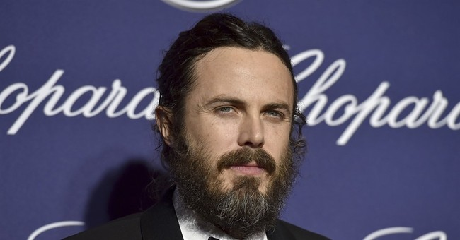 Czech film festival opens with awards for Affleck, Thurman