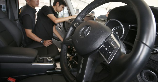 Thai customs seizes 15 luxury cars reported stolen in UK