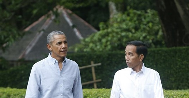 Obama makes nostalgic trip to his Indonesia childhood home