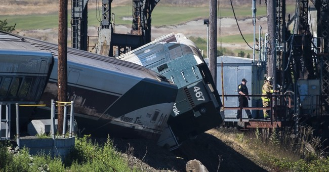 Train cars derail in Washington; minor injuries reported