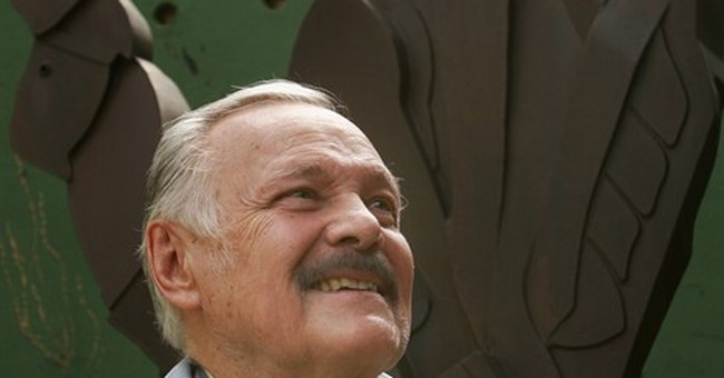 Mexican painter Jose Luis Cuevas dies at 83