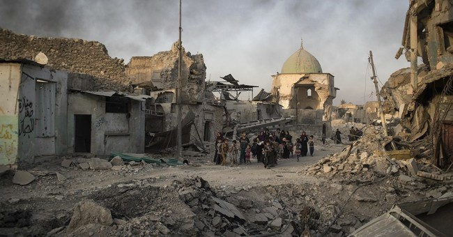 Tensions rise between Iraqi forces and civilians in Mosul