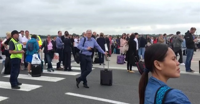 Manchester Airport reopens after evacuation over suspect bag