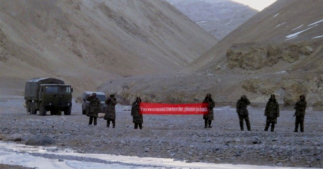 China demands India leave Himalayan plateau in rising spat