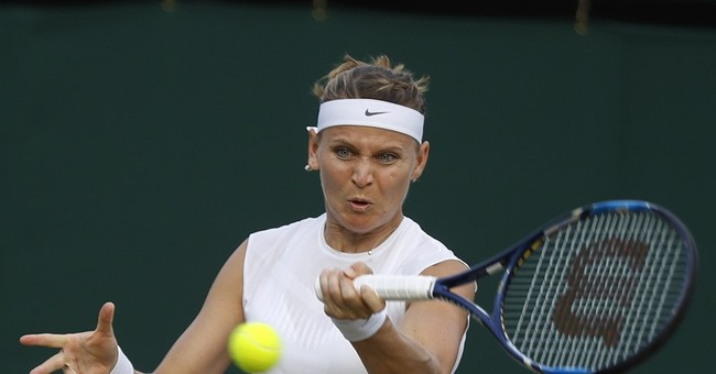 Startling screams as Mattek-Sands injures knee at Wimbledon