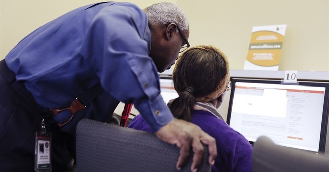 US weekly requests for jobless aid rise to still-low 248,000