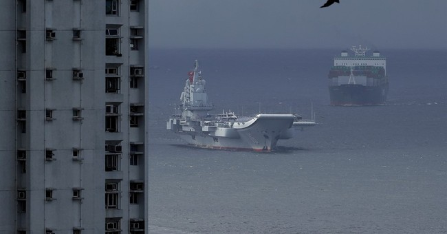 China's aircraft carrier celebrated on Hong Kong port call
