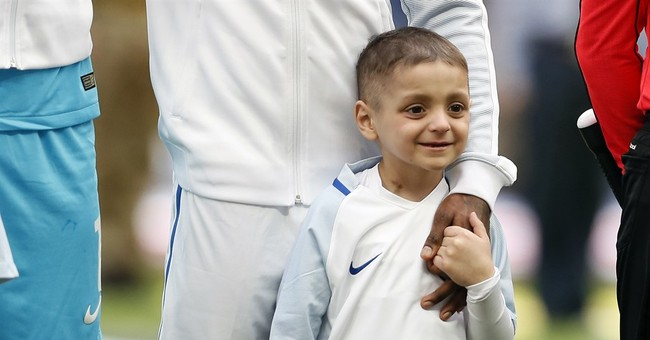 6-year-old English soccer mascot dies of cancer