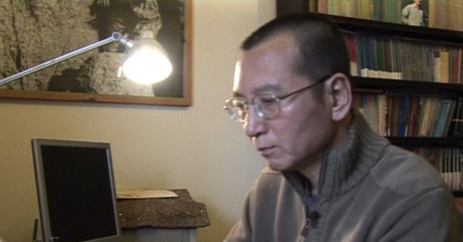 Foreign experts see Chinese Nobel laureate; prognosis grim