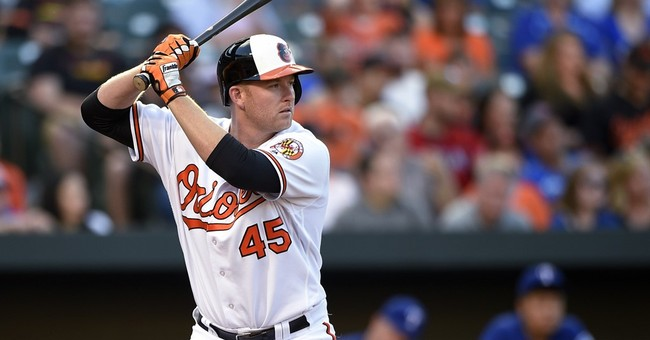 Trumbo, Orioles finalize $37.5 million, 3-year deal
