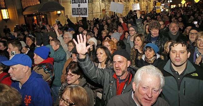 Actors, mayors rally at inauguration eve Trump demonstration