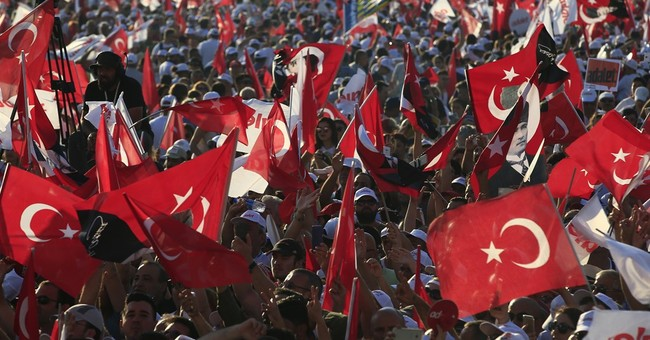 Turkish opposition leader ends 25-day march, rallies backers