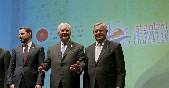 Tillerson hopes to mend strained US-Turkey ties