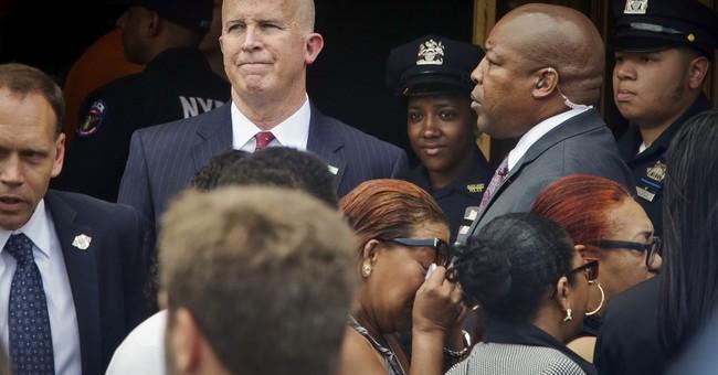 Governor, mayor attend visitation for slain police officer