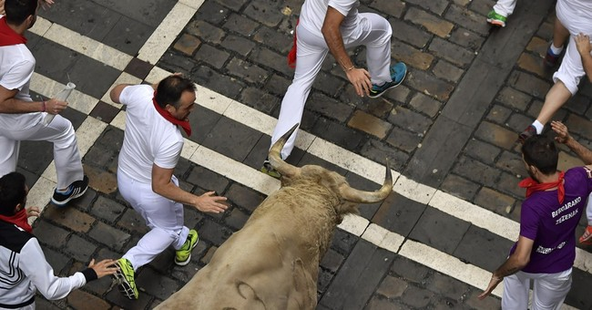 Spain's running of the bulls: 2 injured on Day 5