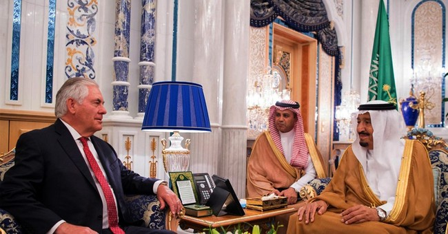 The Latest: Qatar crisis lingers as US envoy heads home