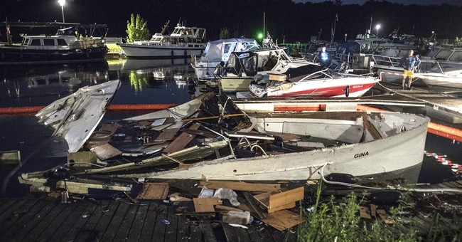 Yacht explodes in Germany; 15 firefighters, 1 police injured
